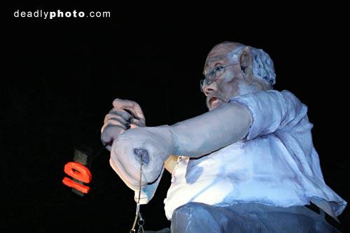 Bonfire, fireworks and Guy Fawkes night, Lewes: Home Secretary Charles Clarke effigy